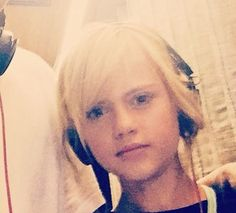 Sixteen - listening to those fresh gangsta beats - Princess - 16 - Yolandi Visser - Ninja - Die Antwoord
