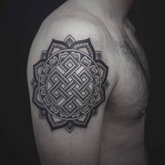 shoulder tattoo endless knot