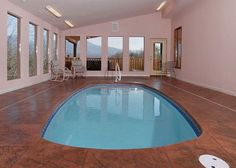 Splash Mansion - Enjoy the indoor private heated pool! Its the perfect cabin to see all the sites of the Smokies!