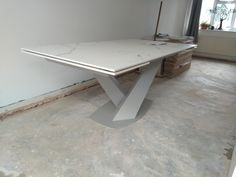 Extendable version of Victoria table in Dekton Kairos top and Grey frame. Available in other sizes and configurations. Delivered to our client in Coventry. Contemporary Furniture, Contemporary Design, Leather Bed, Coventry, Sofa Design, Modern Bedroom, Sideboard, Dining Table, Victoria