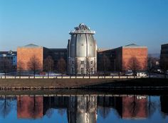 Aldo Rossi e Molteni Movement In Architecture, Study Architecture, Amazing Architecture, Structural Expressionism, Late Modernism, Aldo Rossi, Deconstructivism, Alvar Aalto, Construction