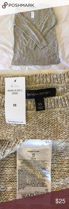 NWT Banana Republic Marled textured hi/low sweater Marled sweater in a tan/white color.  Relaxed fit.  Boatneck collar.  Cotton linen blend.  Great with leggings.  Slightly longer in back.  Perfect new condition! Also available khaki green/white color. Banana Republic Sweaters Crew & Scoop Necks