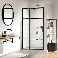 For the past year the bathroom design ideas were dominated by All-white bathroom, black and white retro tiles and seamless shower room All White Bathroom, Modern Bathroom, Small Bathroom, Bathroom Ideas, Shower Panels, Shower Doors, Dream Shower, Bathroom Interior Design, Beautiful Bathrooms