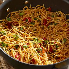Spaghetti Noodles with Fresh Tomato-Basil Sauce - The Pampered Chef®