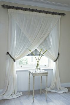 Overlapping sheer curtain #bedroom #livingroom #windowtreatment