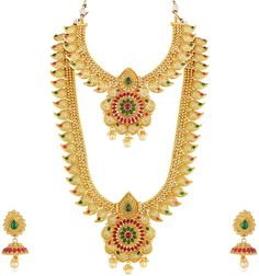 Crunchy Fashion Bollywood Stil vergoldet traditioneller indischer Schmuck Halske… Crunchy Fashion Bollywood Style Gold Plated Traditional Indian Jewelry Necklace Set with Earrings [. Traditional Indian Jewellery, Indian Jewelry, Saree Jewellery, Peacock Necklace, Oxidised Jewellery, Silver Jewellery, Diamond Jewelry, Celebrity Jewelry, Sterling Silver Earrings Studs