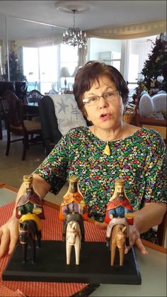 """Three Kings Day (Los tres reyes magos) We are celebrating a little late this year, (Friday), but this video by """"Mami"""" de Puerto Rico is excellent because she speaks very clearly. I think she gives a very good explanation of los tres reyes magos. I believe my 4th and 5th grade FLES students would understand and enjoy this as part of our celebrations."""