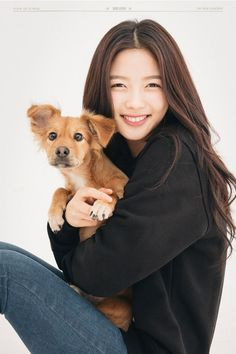 SidusHQ actors Kim Yoo Jung, Park Seon Ho, Park Hyun Woo, and Choi Young Min joined a meaningful campaign that advocates the adoption of abandoned pup… Child Actresses, Korean Actresses, Korean Actors, Korean Beauty, Asian Beauty, Korean Girl, Asian Girl, Korean Star, Kim Joo Jung