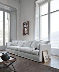 Kusząca perspektywa  #white #sofa #italian #furniture #modern #design