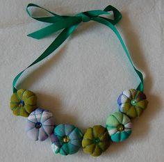 La Cerise Bolsos hechos a mano/La Cerise clutches handmade: Collares de tela