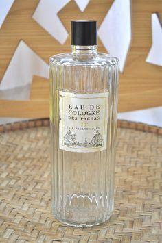 """Flacon """"Eau de Cologne des Pachas"""", 70° U.C.A Panafieu, Paris"""""""