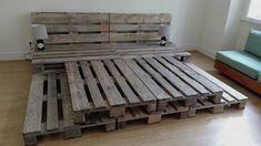 17 DIY Platform Bed 17 DIY Platform Bed- Whole Pallet Platform Bed 150 Wonderful Pallet Furniture Ideas Wood Pallet Beds, Diy Pallet Bed, Wooden Pallet Furniture, Diy Pallet Projects, Wood Pallets, Pallet Bed Frames, Pallet Patio, Upcycled Furniture, Pallett Bed