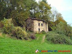Vous avez un beau projet d'achat immobilier de grande envergure entre particuliers en Espagne? Empressez-vous d'arpenter cette maison d'une surface de 100 m² sur 6000 m² de terrain située à Valcarlos en Navarre http://www.partenaire-europeen.fr/Actualites-Conseils/Achat-Vente-entre-particuliers/Immobilier-biens-a-decouvrir-a-l-etranger/Achat-immobilier-particulier-Espagne-Navarre-Valcarlos-maison-20140329 #maison