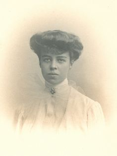 Eleanor Roosevelt's coming out portrait taken in New York, NY. 1902. 47-96 2538 by FDR Presidential Library & Museum, via Flickr