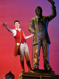 David Nathan Perlow in the national tour of Wicked.