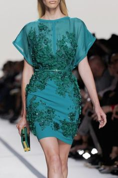 I love this blue green floral patterned dress