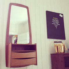 retro hall mirror