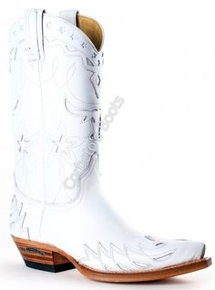 New White Cowboy Boats Outfit Summer Ideas White Cowboy Boots, Cowboy Shoes, Cowboy Boots Women, Cowgirl Boots, Reese Witherspoon, Victoria Beckham, Country Girls Outfits, Boating Outfit, Unisex