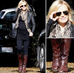 Cuuuute outfit loooove those boots!