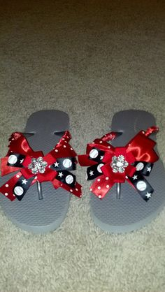 d6327fb7a03ab3  20 baseball mom flipflops!! Team colors available. Please email request  to  gbrock14 gmail.com and specify design 4.