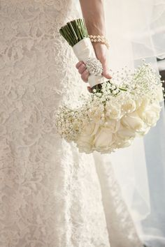 Ivory Rose Bouquet Flowers Bride Bridal Classic Chic Simple Elegant Champagne Wedding Kent http://kerryannduffy.com/