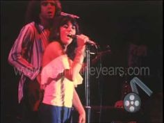 "▶ Linda Ronstadt ""You're No Good"" Live 1976 (Reelin' In The Years Archives) - YouTube"