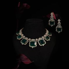 Girls Best Friend, Diamond Jewelry, Jewelry Collection, Emerald, Diwali, Instagram, Fashion, Moda, Diamond Jewellery