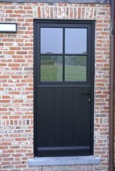 Behind the front door – Door Ideas Metal Garage Doors, Garage Door Design, Door Entryway, Entry Doors, Entry Hallway, Exterior Remodel, Exterior Doors, House Windows, Windows And Doors