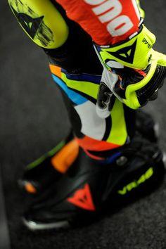 Valentino Rossi Motogp Valentino Rossi, Valentino Rossi 46, Yamaha R1, Ducati, Grand Prix, Vale Rossi, Motogp Race, Biker Boys, Vr46