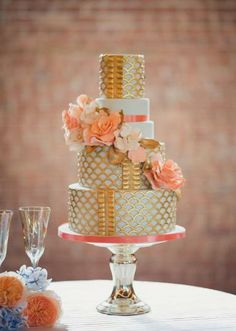 Gorgeous gold scallop detail cake by Amy Cakes. Styled shoot by Events by Morgan. Photo by Anna Lee Media. #weddings #Watters http://watters.com