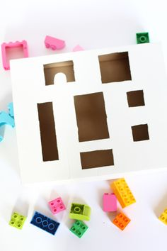 This LEGO Duplo Shape Sorter is super easy to make and a fun new way for your toddler to play with DUPLOs ! 3 Year Old Activities, Lego Activities, Preschool Activities, Cognitive Activities, Shape Activities, Lego Duplo, Lego Math, Fun Learning Games, Kids Learning