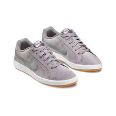 free shipping b5ba1 94054 Nike Court Royale