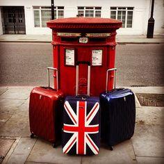 Antler Liquis y la Union Jack...en Londres/ Quiero esa de la banderita @antlerequipaje