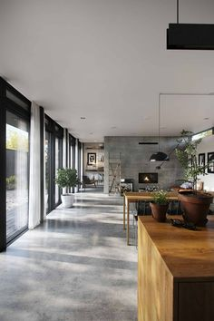 Concrete Interiors, Wood Interiors, Studio Layout, Autumn Home, Modern House Design, Home And Living, Living Room, Home Interior Design, New Homes