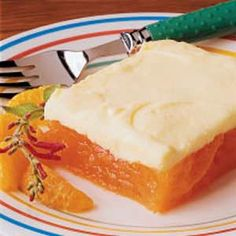 Creamy Orange Fluff Recipe- Recipes I got this yummy recipe from a friend but came up with my own tasty topping. Creamy, fruity and refreshing, this dish is simple to make ahead and cuts nicely into squares for ease in serving. It is perfect for potlucks. Fluff Desserts, Jello Desserts, Jello Recipes, Fruit Salad Recipes, Pudding Desserts, Just Desserts, Delicious Desserts, Dessert Recipes, Yummy Food