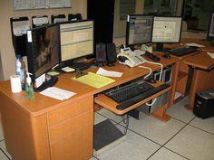 Poste de contrôle de la centrale hydroélectrique LG-1 (Québec, Canada)