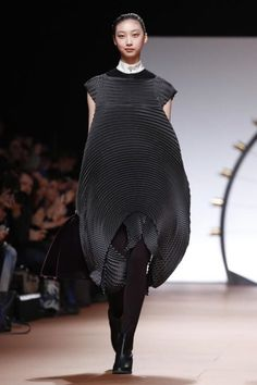 Collections - SHOWstudio - Issey Miyake Autumn Winter 2014. PFW. Back to classic Issey, it seems.