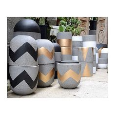 Our very first delivery of lightweight concrete pots have arrived. They are all amazing! Available in a range of sizes &… Cement Art, Cement Planters, Concrete Pots, Concrete Furniture, Concrete Crafts, Concrete Projects, Concrete Design, Diy Planters, Painted Pots