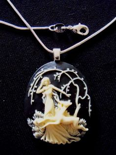 """LARGE CAMEO LADY AND DEER  18"""" SS PLATED CHAIN"""