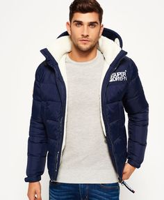 Some times you need that warmth from your jacket, the Superdry Mountain Mark Sherpa Coat is the perfect puffa jacket for your Winter Wardrobe