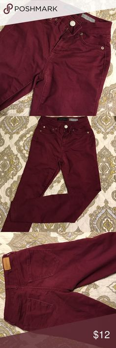 Aeropostale High Waist Jeggings Cute! Maroon high waist jeggings from Aeropostale. Size 000r.  Looks great paired with a sweater and boots in the fall or with a tee in the summer. Perfect condition! Aeropostale Jeans Skinny