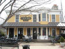Louisville: Village Anchor Pub & Roost
