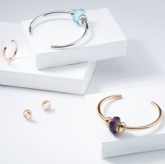 Which prefer? The left or right? jewelry are compatiable with etc. Ring Necklace, Pandora Jewelry, Modern Jewelry, Simple Designs, Jewelry Making, Hoop Earrings, Charmed, Pendants, My Favorite Things