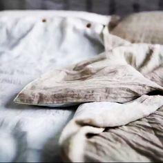 Soft and elegant linen bedroom textiles babysizes Linen Bedroom, Linen Bedding, Scandinavian Style, Textiles, Pillows, Elegant, Luxury, Linen Sheets, Classy