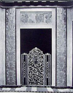 French Art Deco: Grille intérieure par Edgar Brandt, pavillon du Collectionneur. Exposition internationale des arts décoratifs et des techniques industrielles de 1925. Paris.