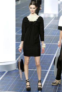 Little black dress - Vogue.it