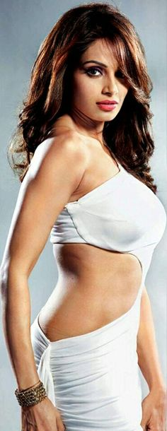 Bipasha, In a sexy look
