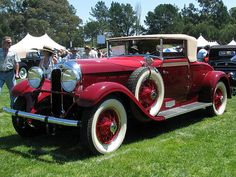 This domain may be for sale! Vintage Cars, Antique Cars, Cord Car, Auburn, Specs, Wwii, Art Deco, Photos, World War Ii