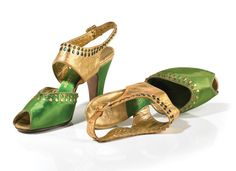 Green satin and gold kid evening slipper with emerald and amber stones and teardrop studs. Palter De Liso, Bonwit Teller, New York (ca. 1938)