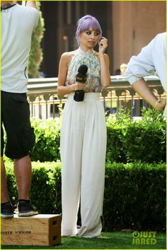 """NICOLE RICHIE FASHION: Filming """"#Candidly Nicole"""" at The Grove"""